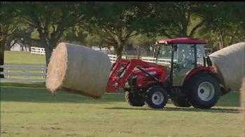 Mahindra Red Ribbon Holiday Sale TV Spot, 'Top Selling Tractor' - Thumbnail 2