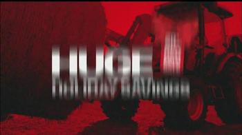 Mahindra Red Ribbon Holiday Sale TV Spot, 'Top Selling Tractor' - Thumbnail 4