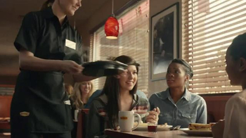Denny's Philly Cheese Steak and Egg Skillet TV Spot, 'Roaring Skillets' - Thumbnail 5