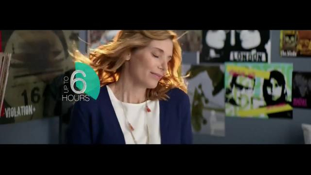 Downy Unstopables Air Refresher TV Commercial, 'Boarding School'