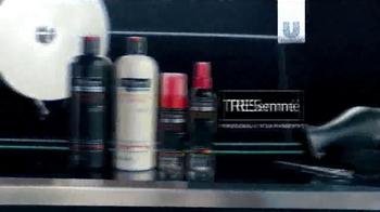 TRESemme Perfectly (un)Done TV Spot, 'Loose Waves' Ft. Sarah Jagger - Thumbnail 10