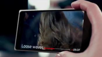 TRESemme Perfectly (un)Done TV Spot, 'Loose Waves' Ft. Sarah Jagger - Thumbnail 4