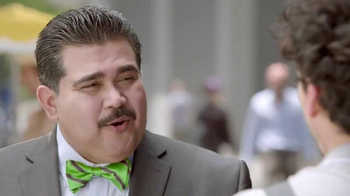H&R Block TV Spot, 'Moto' [Spanish] - Thumbnail 3