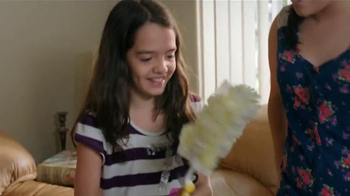 Swiffer TV Spot, 'Mantenga Su Casa Limpia' [Spanish] - Thumbnail 10