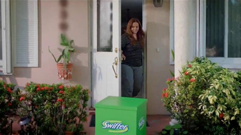 Swiffer TV Spot, 'Mantenga Su Casa Limpia' [Spanish] - Thumbnail 6