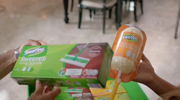 Swiffer TV Spot, 'Mantenga Su Casa Limpia' [Spanish] - Thumbnail 7