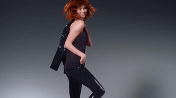 L'Oreal Paris Feria TV Spot, 'Dare to Live in Copper Hair' - Thumbnail 2