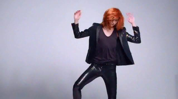 L'Oreal Paris Feria TV Spot, 'Dare to Live in Copper Hair' - Thumbnail 4