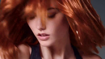 L'Oreal Paris Feria TV Spot, 'Dare to Live in Copper Hair' - Thumbnail 6