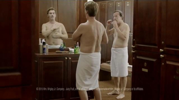 Juicy Fruit TV Spot, 'Locker Room Guys Resort to Tasteful Arm Farts'
