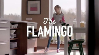 Lysol Disinfecting Wipes TV Spot, 'The Flamingo' - Thumbnail 5