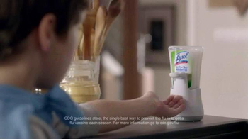 Lysol Disinfecting Wipes TV Spot, 'The Flamingo' - Thumbnail 8