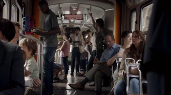 Land Rover Evoque TV Spot, 'Bus Ride in Italy'