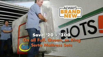Big Lots TV Spot, 'Save on Mattresses' - Thumbnail 3