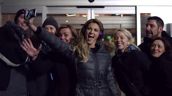 Beats Audio Solo2 TV Spot, 'Solo Selfie: Fox Sports' Featuring Erin Andrews - Thumbnail 3