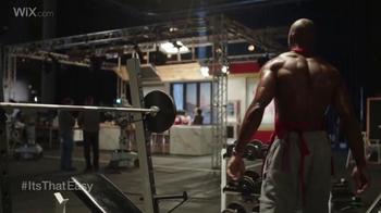 Wix.com Super Bowl Campaign TV Spot, 'Pumping Iron' Feat. Terrell Owens - Thumbnail 3