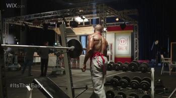Wix.com Super Bowl Campaign TV Spot, 'Pumping Iron' Feat. Terrell Owens - Thumbnail 4