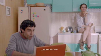 GoDaddy TV Spot, 'Negocios' [Spanish] - Thumbnail 2