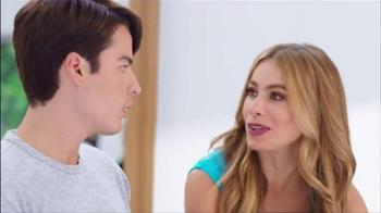 Head & Shoulders TV Spot, 'Mamá lo Sabe Todo' Con Sofía Vergara [Spanish] - Thumbnail 2