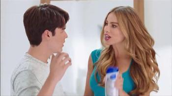 Head & Shoulders TV Spot, 'Mamá lo Sabe Todo' Con Sofía Vergara [Spanish] - Thumbnail 4