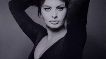 L'Oreal Excellence Legendary Brunettes TV Spot, 'Inspired by Sophia Loren' - Thumbnail 9