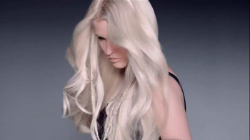 L'Oreal Paris Feria TV Spot, 'Fearless Color for the Creative' - Thumbnail 6