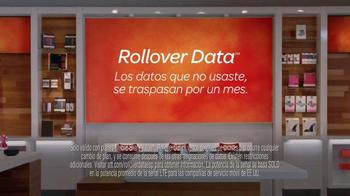 AT&T Rollover Data TV Spot, 'Flan' [Spanish] - Thumbnail 9