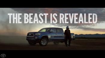 2016 Toyota Tacoma TV Spot, 'Reveal' - Thumbnail 8