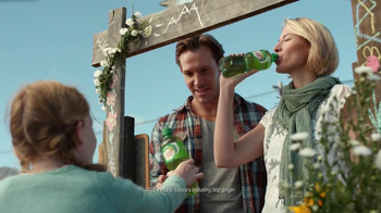 Canada Dry TV Spot, 'Ginger Ale Stand' - Thumbnail 2