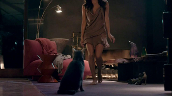 Sheba TV Spot, 'Dancing' Feat. Eva Longoria, Song by Della Reese - Thumbnail 6