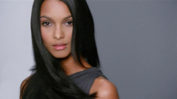 John Frieda Frizz-Ease TV Spot, 'Battle with Frizz' - Thumbnail 6