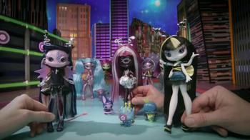 Novi Stars TV Spot, 'Earth Girls'