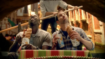 Subway Meatball Pepperoni Melt TV Spot, 'Italy Daydream: Gondola' - Thumbnail 6