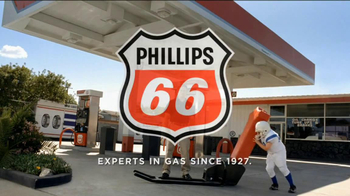 Phillips 66 TV Spot, \'Peewee Linebacker\'