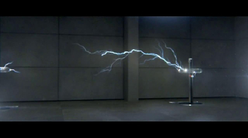 2013 Toyota Avalon TV Spot, 'Electricity' - Thumbnail 3