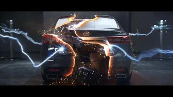 2013 Toyota Avalon TV Spot, 'Electricity' - Thumbnail 6