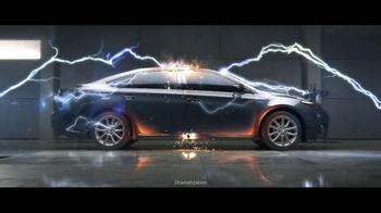 2013 Toyota Avalon TV Spot, 'Electricity' - Thumbnail 8