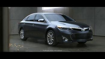 2013 Toyota Avalon TV Spot, 'Electricity' - Thumbnail 9