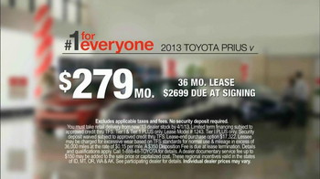 2013 Toyota Prius TV Spot, 'Sewing Room' - Thumbnail 7