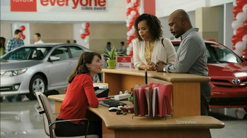 2013 Toyota Prius TV Spot, 'Sewing Room' - Thumbnail 4