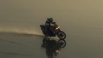 Triumph Motorcycles TV Spot, 'Helicopter' - Thumbnail 8