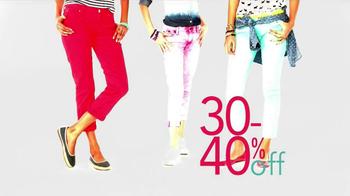 Kohl's Grand Opening Sale TV Spot, 'Vera Wang, Jeans, Men's Suits' - Thumbnail 4