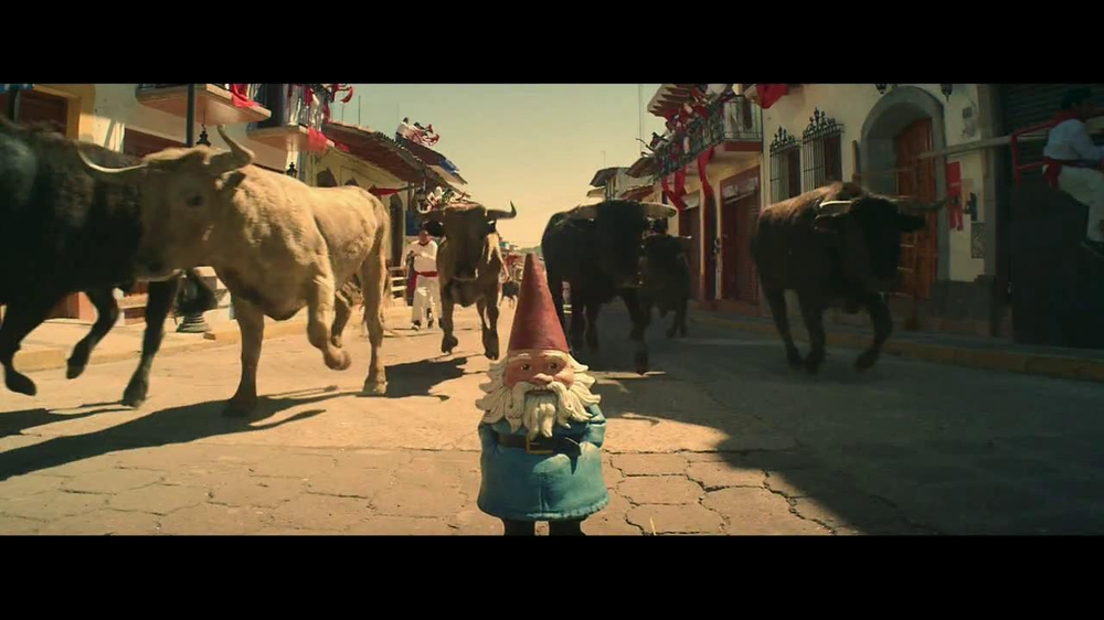 Travelocity TV Commercial 'Running with the Bulls'