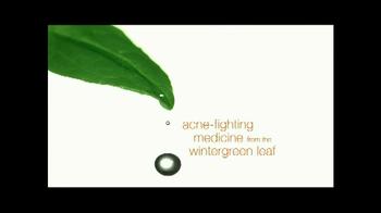 Neutrogena Naturals TV Spot Featuring Kristen Bell  - Thumbnail 5