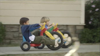 Verizon TV Spot, 'Childhood Friends' - Thumbnail 4