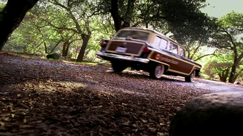 Scotts Liquid Gold TV Spot, 'Furniture Doctor' - Thumbnail 5