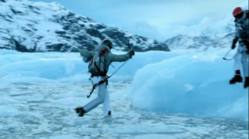 Coors Light TV Spot, 'Break the Ice' - Thumbnail 6