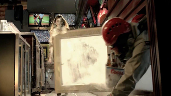 Coors Light TV Spot, 'Break the Ice' - Thumbnail 8