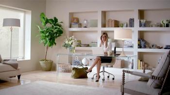 Aveeno TV Spot, 'Beauty Brands' Featuring Jennifer Aniston - Thumbnail 1
