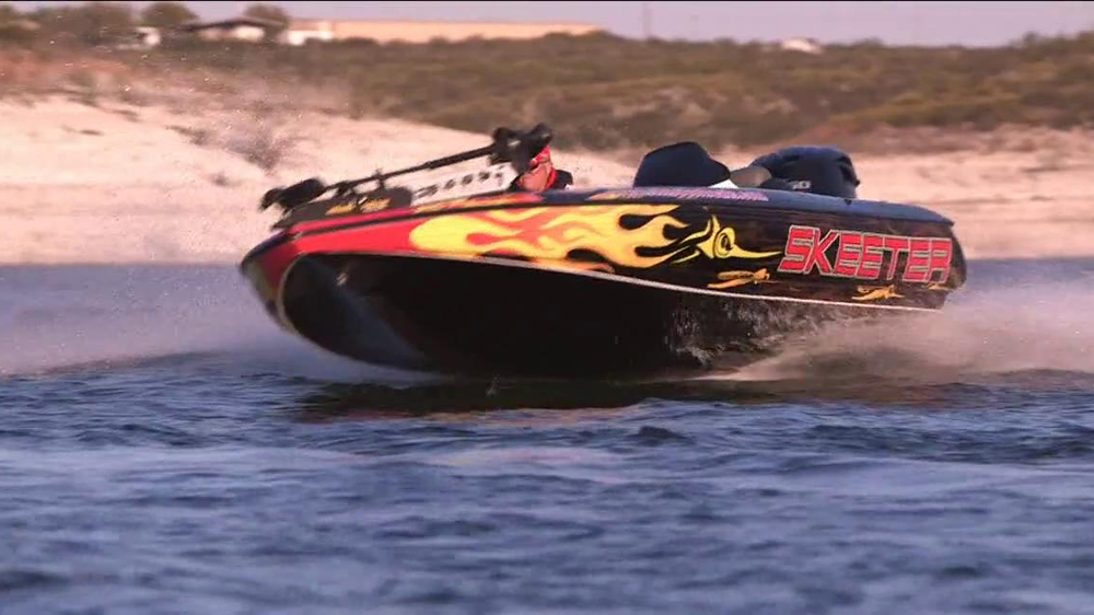 Skeeter Boats TV Commercial, 'Outrunning the Competition' - Video